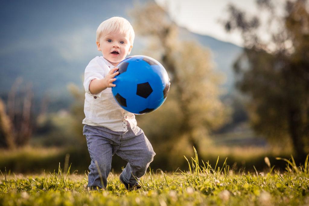 photographe d'enfant naturel