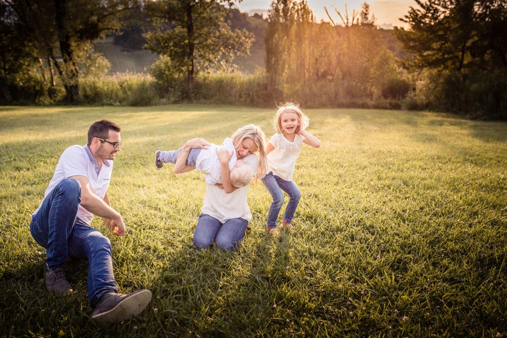 Matthieu Chandelier photographe lifestyle famille Savoie