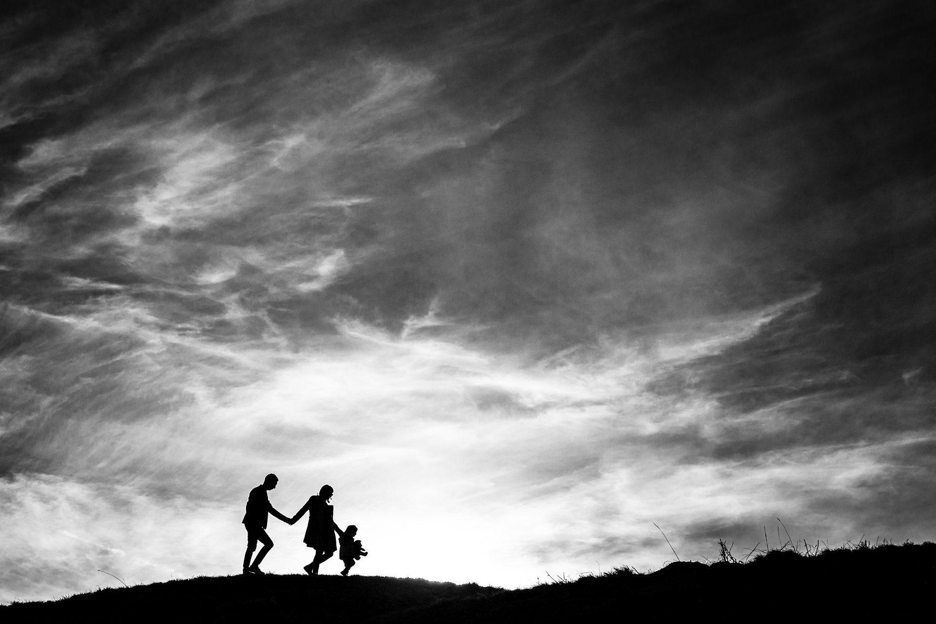Promenade en famille dans les Alpes