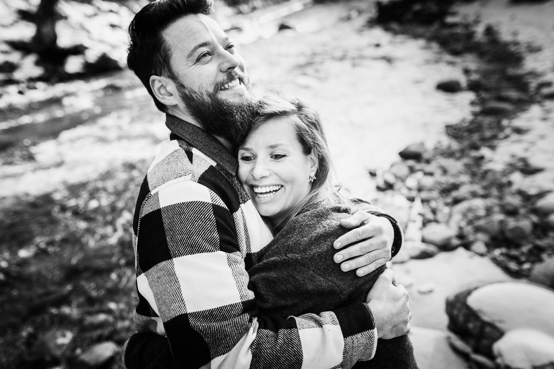 Séance photo couple et grossesse à Chambéry et Annecy