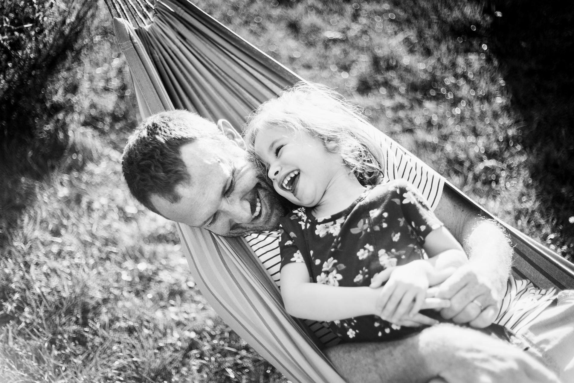Séance photo de famille lifestyle - photographe Annecy Haute-Savoie